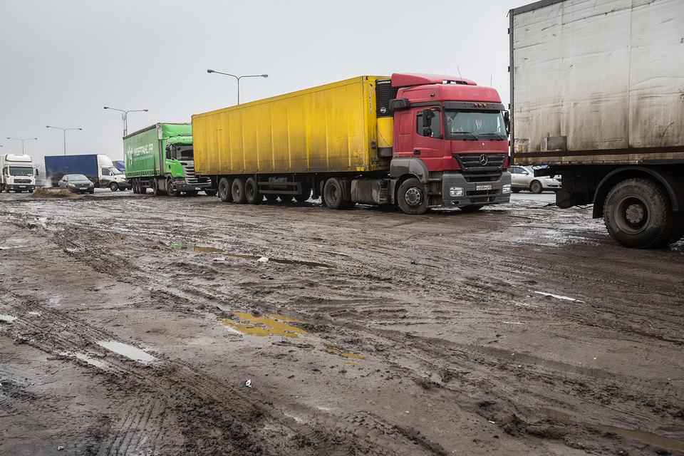 Регионам нужно передать 10 млрд руб. от «Платона» на ремонт дорог, предложил министр транспорта Максим Соколов