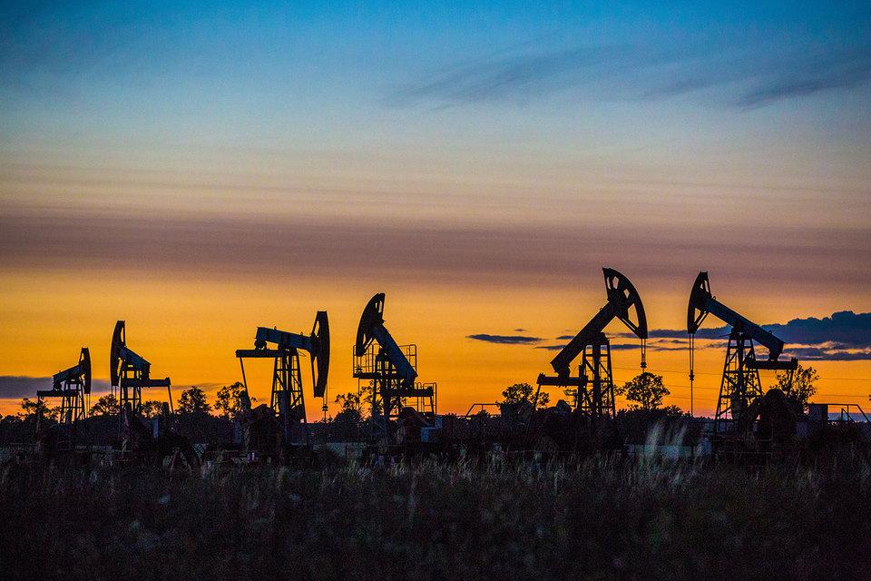 Экспорт нефти из России стал рекордным за последние 15 месяцев
