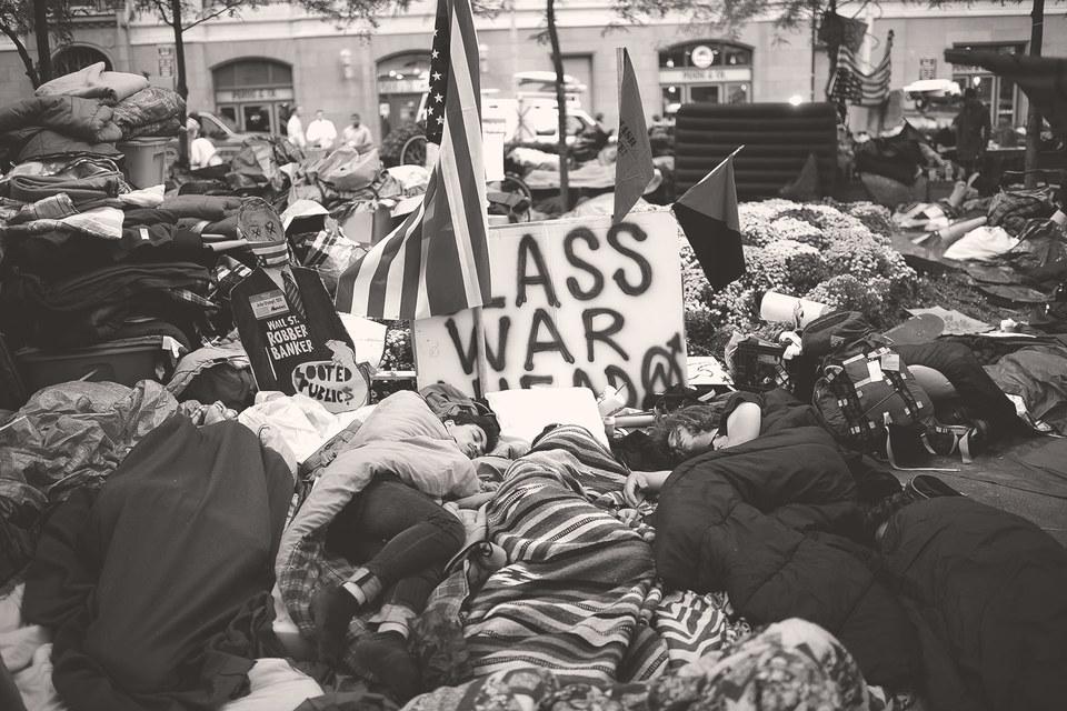 Классика ненасильственного протеста – акции Occupy не имеют нилидера, ни изобретателя