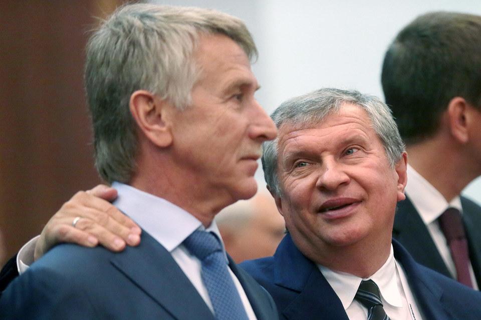 Минэнерго поддержало не только «Новатэк» в стремлении экспортировать газ в Европу, но и президента «Роснефти» Игоря Сечина