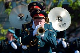 Парад Победы в Москве и Петербурге