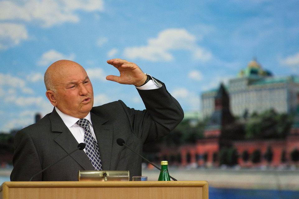 Лужков посоветовал Путину заняться кадровыми вопросами правительства