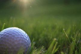 В гольф играют миллионы богатых и не очень богатых людей, а энтузиасты этого спорта думают, как сделать его более динамичным и привлечь новых поклонников