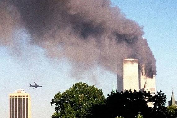 Взрывы башен-близнецов Всемирного торгового центра в Нью-Йорке и теракты в Вашингтоне 11 сентября 2001 г. привели к гибели 2982 человек. $25,1 млрд – крупнейший ущерб, который когда-либо возмещали страховые компании после терактов
