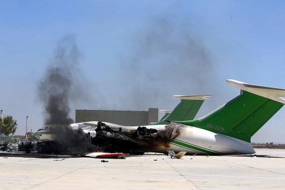 В 2014 г. во время боя в ливийском аэропорту были уничтожены самолеты. Погибли 47 человек. Страховщики возместили $513 млн ущерба