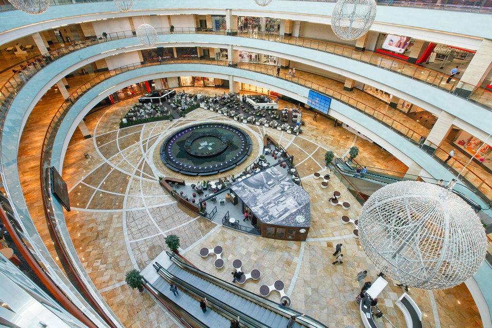 ВТБ может забрать за долги у AFI Development Льва Леваева часть активов, включая торговый комплекс «Афимолл сити»