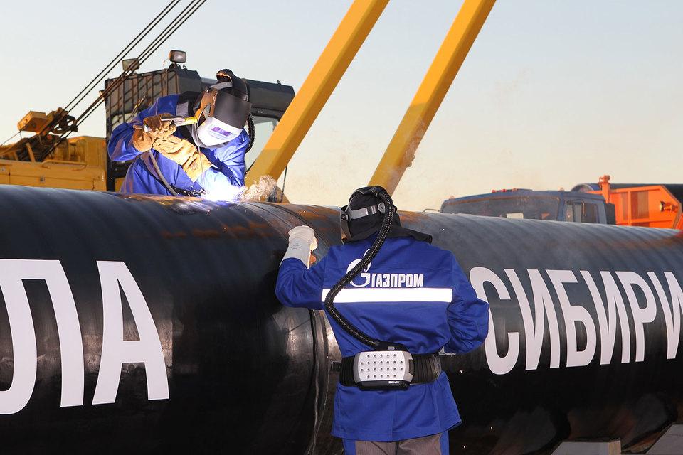 Строительство «Силы Сибири» «Газпром» доверил проверенным подрядчикам