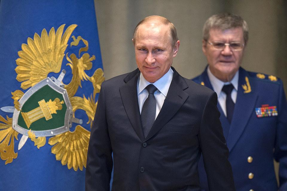 Путин предложил назначить Чайку генпрокурором на третий срок