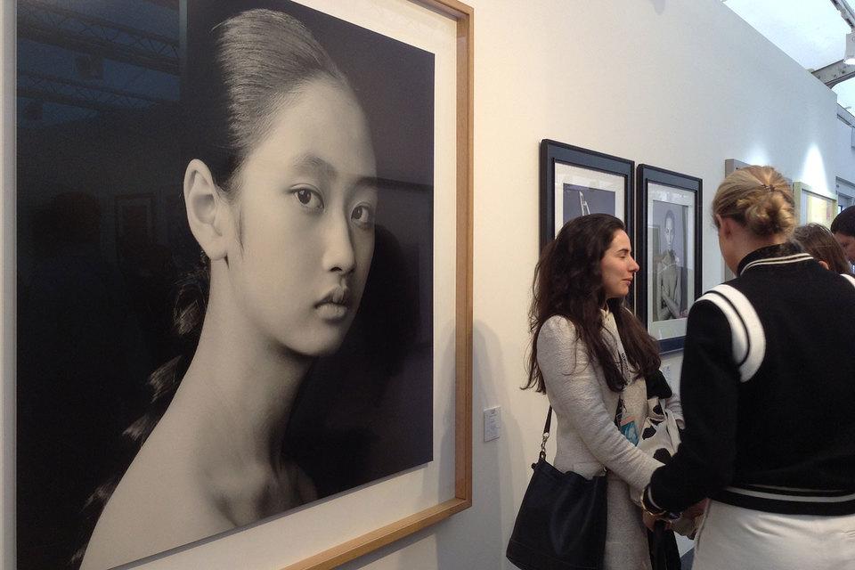 Фотографии Жан-Батиста Хюиня очень красивы, особенно если это портреты девушек