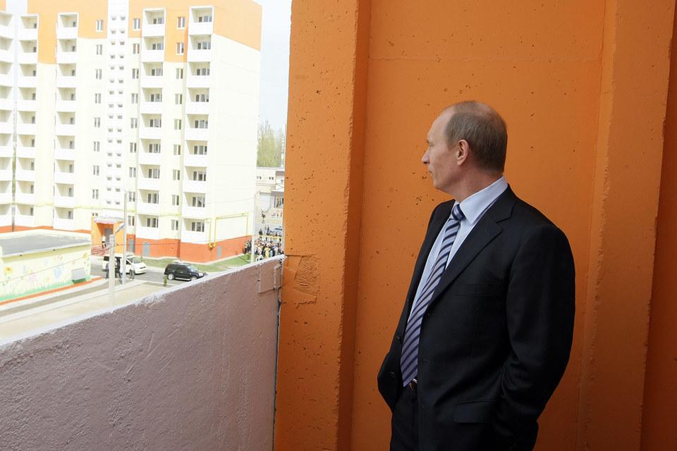 Путин призвал развивать ипотеку