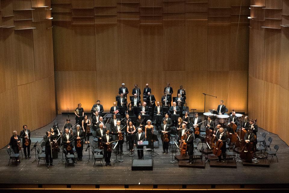 Владимир Ашкенази с Оркестром итальянской Швейцарии в новом зале