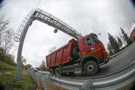 Рамок, фиксирующих проезд тяжелых грузовиков по федеральным дорогам, по всей России пока всего 20