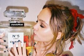 Лили-Роуз Депп будет рекламировать новую версию Chanel №5