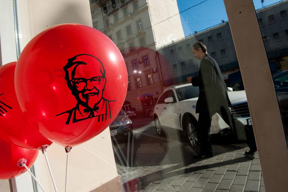 Сейчас у KFC в Москве — 141 ресторан, из них 108 — франчайзинговых