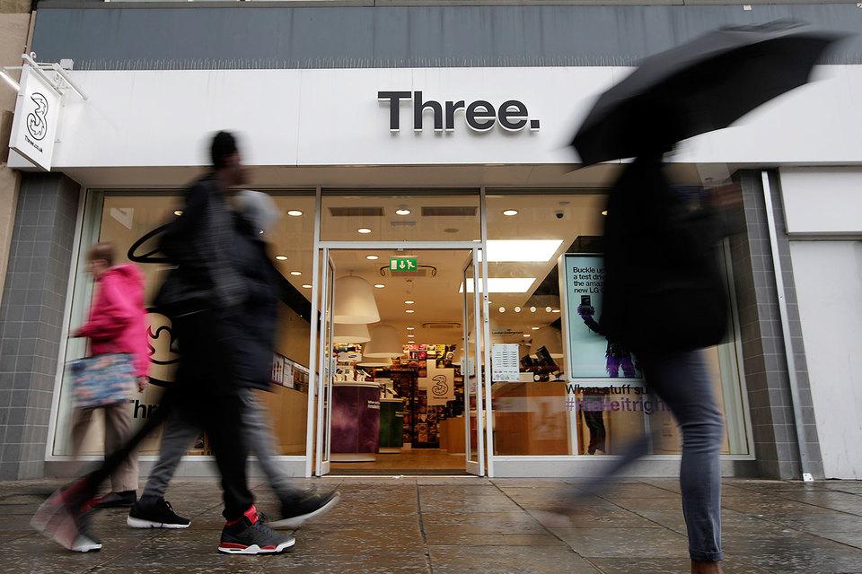 Британская Three с июня начнет блокировать мобильную рекламу на телефонах некоторых абонентов