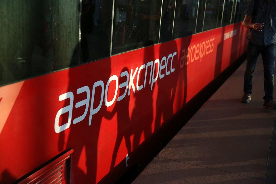 Первый контракт на покупку 24 двухэтажных поездов с опционом еще на 14 вагонов «Аэроэкспресс» и Stadler подписали в 2013 г.