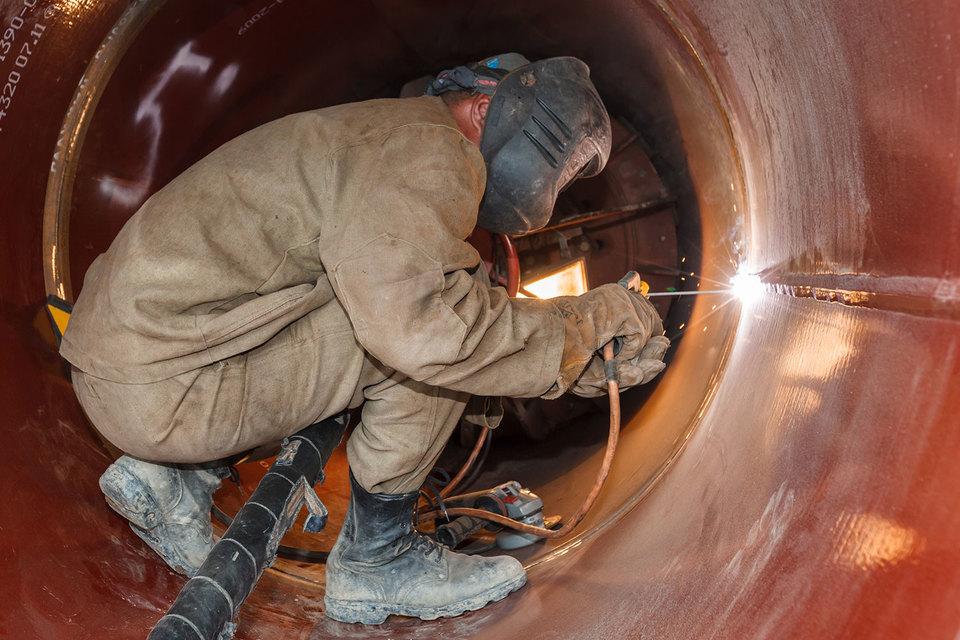 Соглашение о проектировании и строительстве трансграничного участка «Силы Сибири», включая подводный переход через реку Амур, «Газпром» и CNPC подписали в декабре 2015 г.