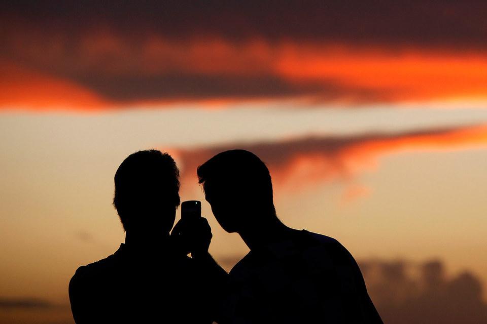 Вопрос о том, безопасны ли мобильные телефоны для здоровья, обсуждается не первый год