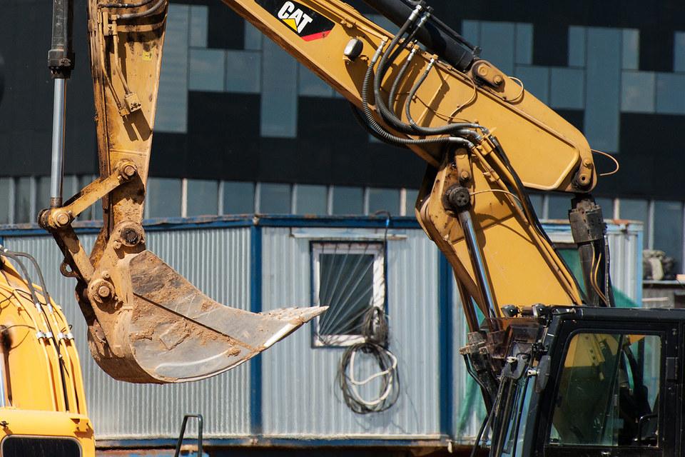 У строительных компаний быстрее, чем в других отраслях, растет просроченная задолженность