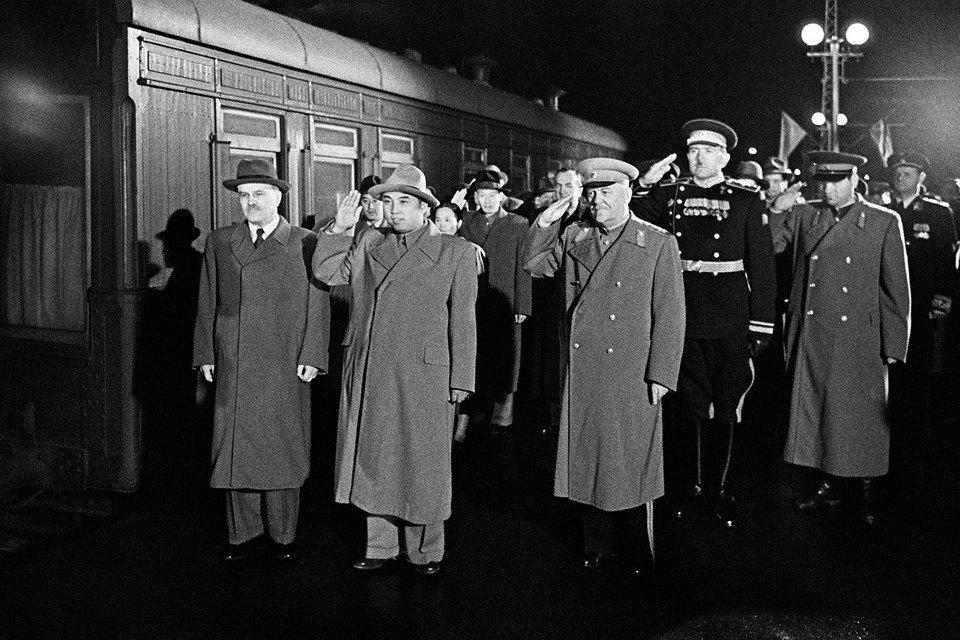 В 1950 г. в Москву приезжала северокорейская делегация