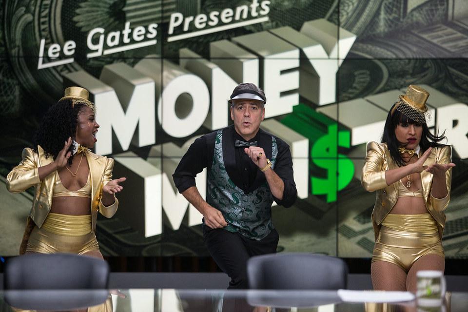 Ведущий эксцентричного телешоу про деньги (Джордж Клуни) не дает зрителям времени подумать собственной головой