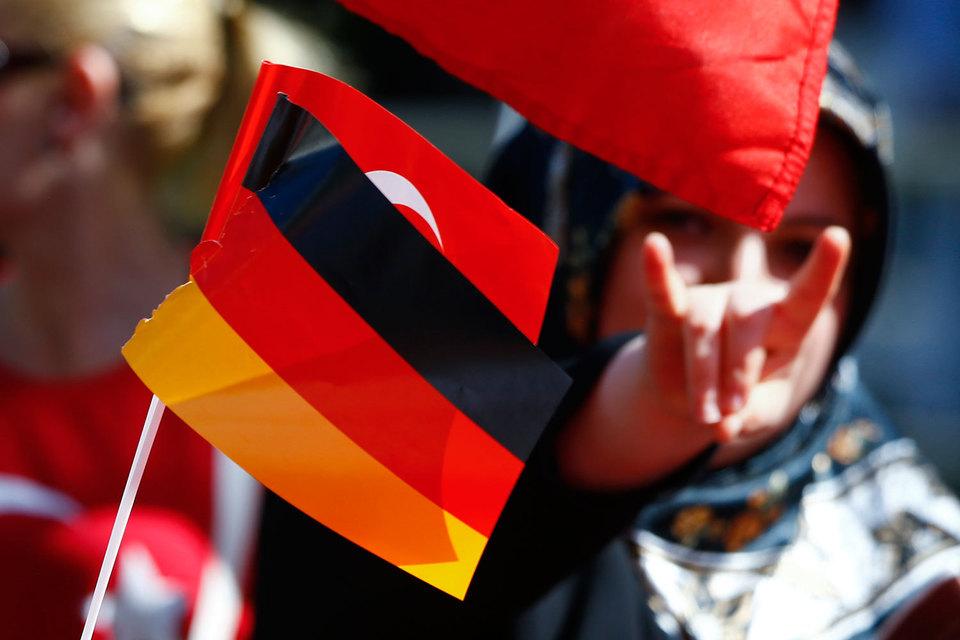 Бундестаг принял символическую резолюцию об осуждении геноцида армян