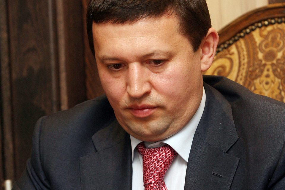 Ильгиз Валитов помогал передать долю в крупнейшем российском производителе индейки офшору бывшего министра Фарита Газизуллина, считает ФСБ