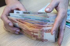 Раз не дают в валюте, возьмем в рублях – такова логика крупнейших российских эмитентов