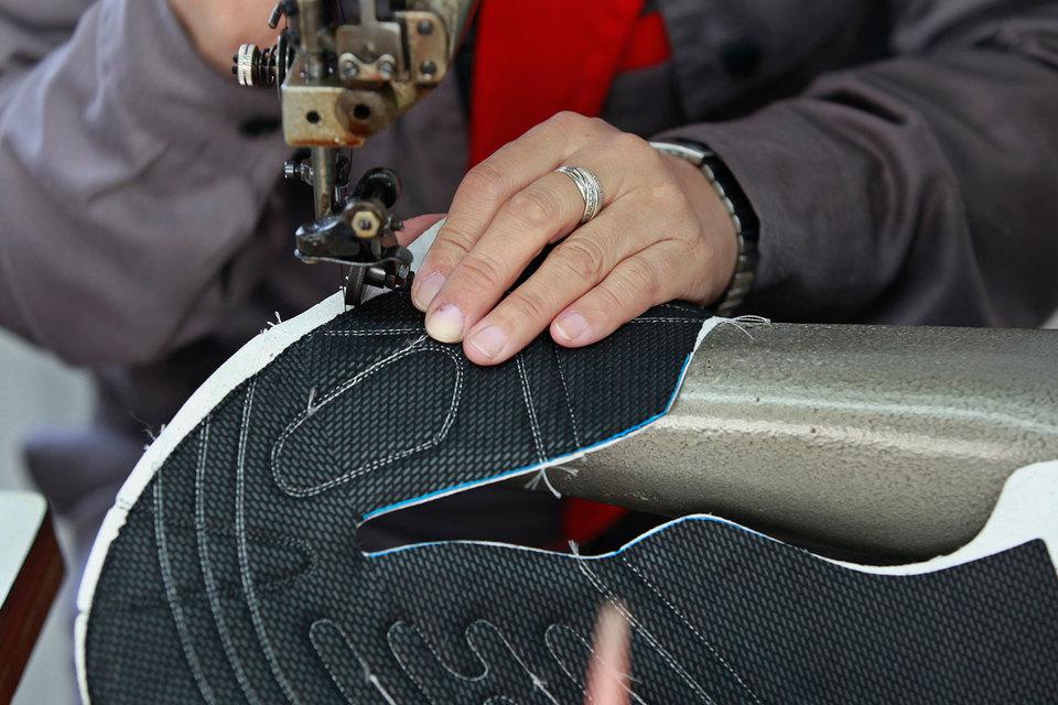 Производство можно роботизировать полностью, но Adidas пока не ставит это своей целью