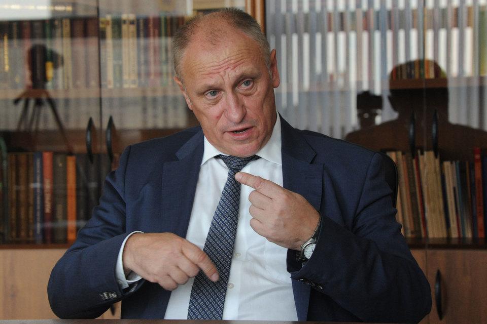 Декан экономического факультета МГУ Александр Аузан