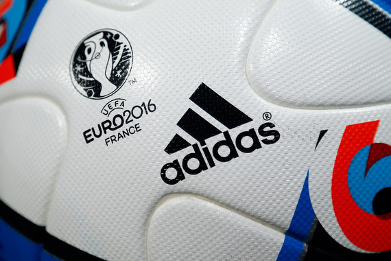 Как Nike и Adidas борются за лидерство на Евро-2016