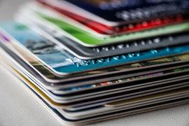Банковских карт для путешественников становится все больше