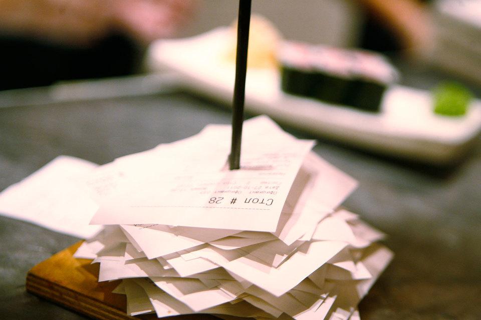 Бумажный чек свое отживает