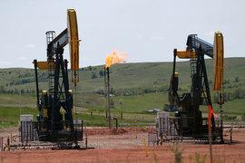 Нефтяная промышленность в кризисе, поэтому привлечь инженеров-нефтяников оказалось просто