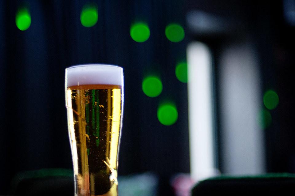 Пивовары просят заморозить акциз на пиво