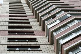 Цены на недвижимость в Москве не растут, в отличие от налога на нее