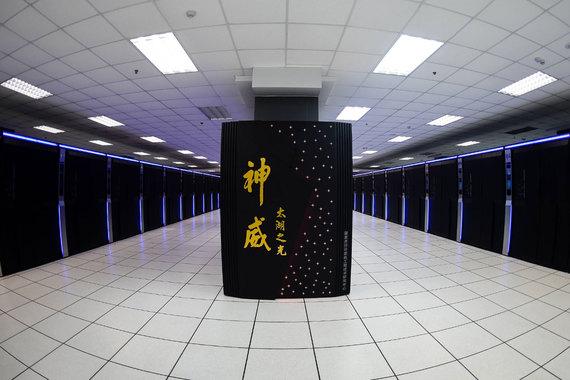 normal 1bf9 В топ 100 суперкомпьютеров мира остался один российский