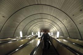Рекламных подрядчиков Московский метрополитен выбирает на аукционах с 2011 г.