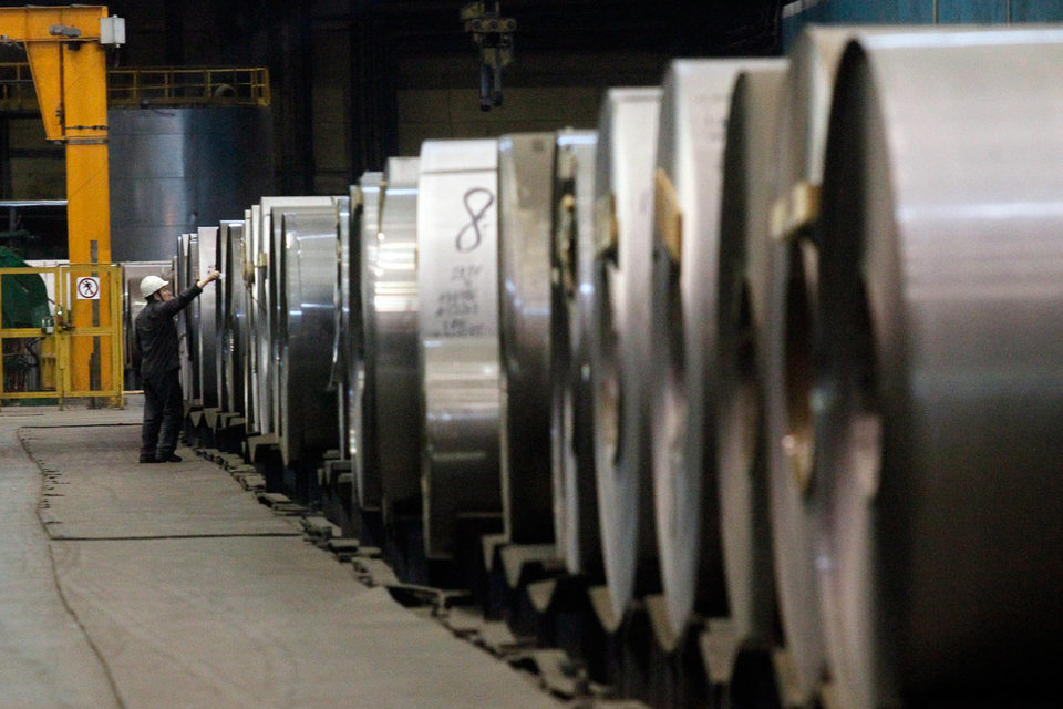 «Северсталь» и НЛМК просят не вводить антидемпинговые пошлины на холоднокатаную сталь в связи с нарушением хода расследования