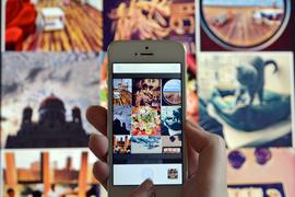 Prisma позволяет обрабатывать фотографии, превращая их в стилизации картин известных художников