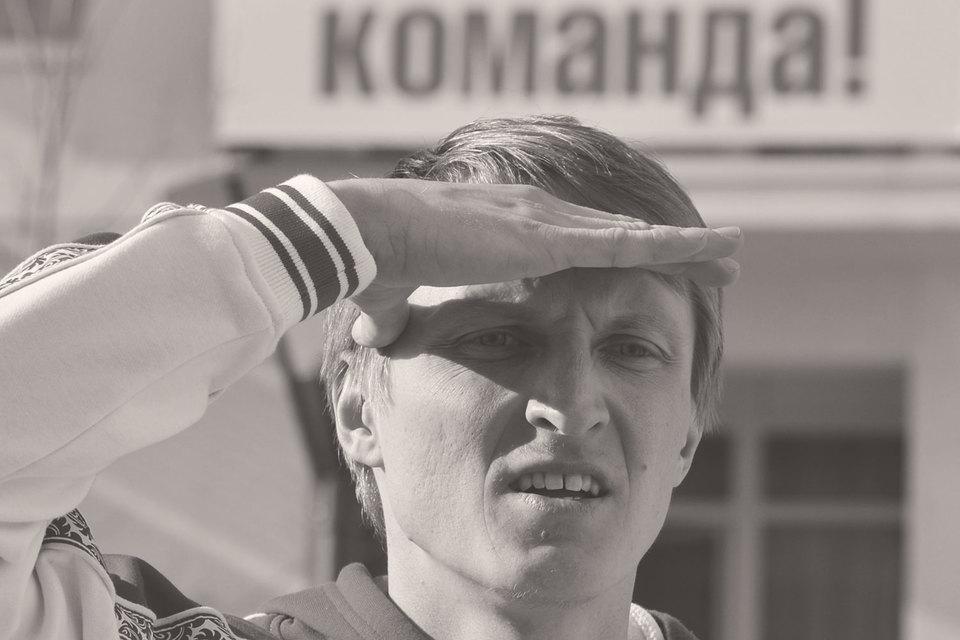 Кандидаты-бюджетники и символические фигуры вроде конькобежца Ивана Скобрева должны привлечь на выборы избирателей-бюджетников