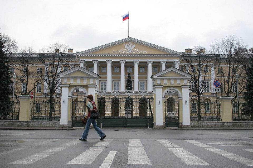 Председателем комитета имущественных отношений Петербурга стал Александр Семчуков, работавший заместителем руководителя УФНС по Петербургу