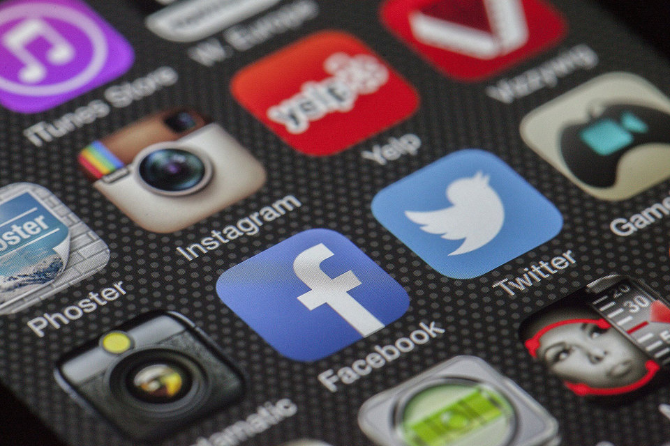 Благодаря социальным сетям снискать славу и обрести множество почитателей может даже несуществующий бизнес