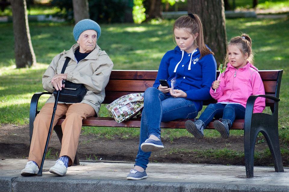 Антитеррористические поправки сделают нелегальной регистрацию на себя sim-карт, используемых  родственниками, в том числе детьми