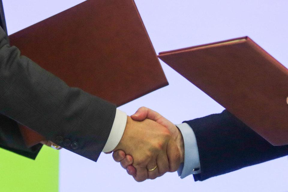 Госдума упростила совершение сделок с заинтересованностью. Влияние миноритариев на такие сделки может стать слабее