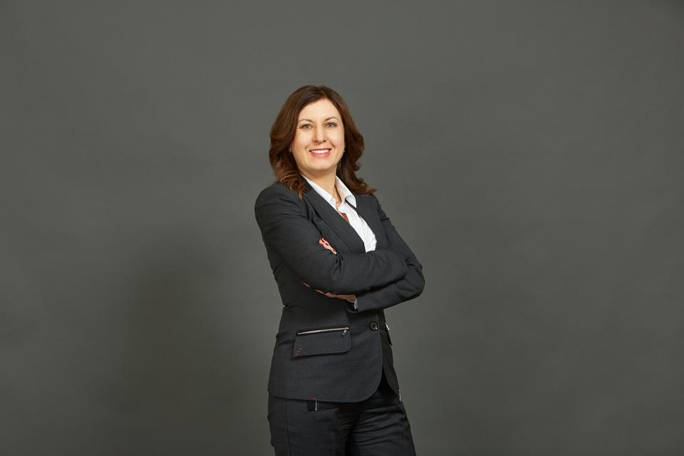 Елена Межуева - руководитель практики «Финансовое консультирование» КСК групп