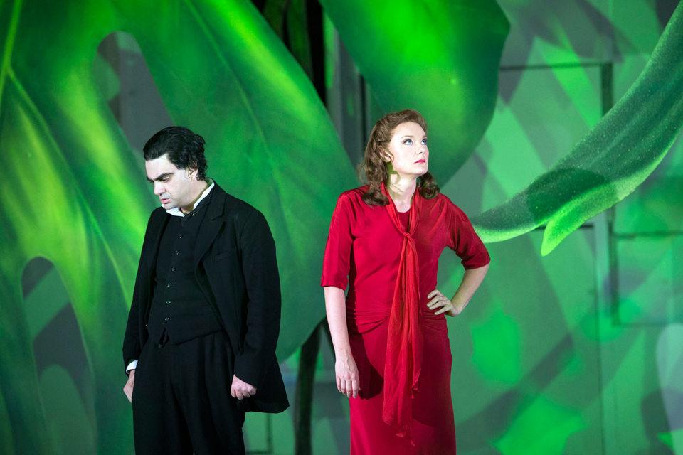 Роландо Виллазон и Магдалена Кожена друг на друга иногда не смотрят,  зато слышат превосходно