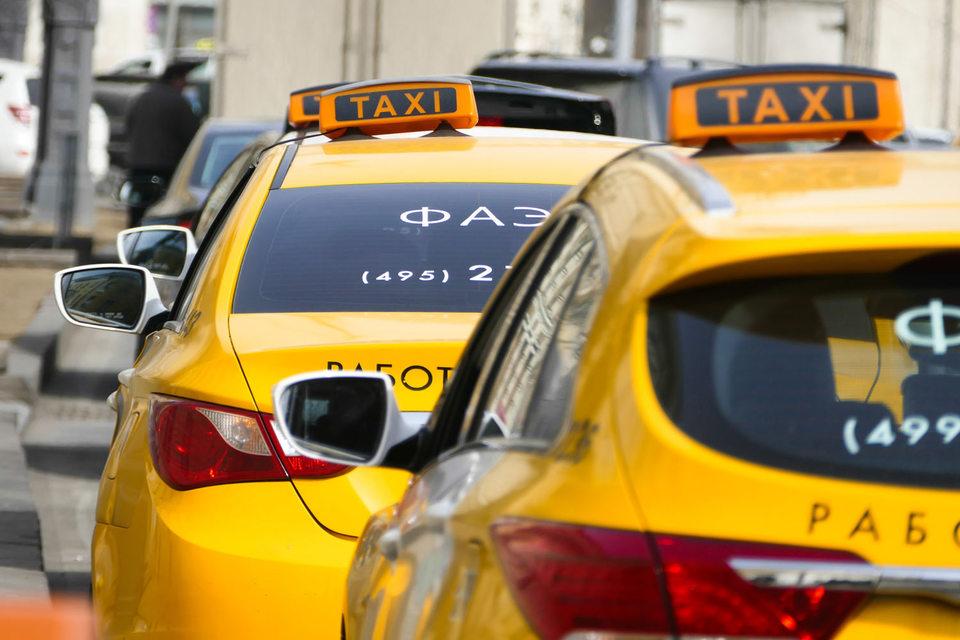 Активные покупатели новых автомобилей – таксомоторные компании