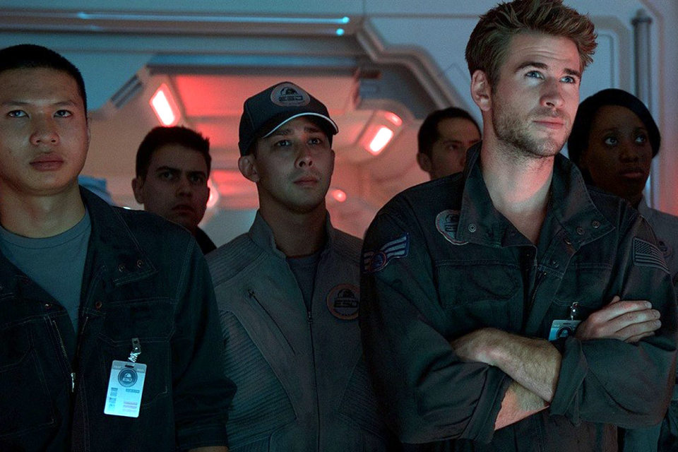 Пилоты наблюдают за приближением инопланетян с мыслью: «Побили вас в 1996-м, можем повторить»