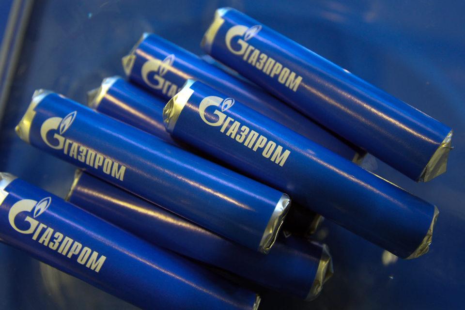 «Газпром» до конца июля намерен выкупить свои акции у ВЭБа. Пакет оценен с премией к рынку